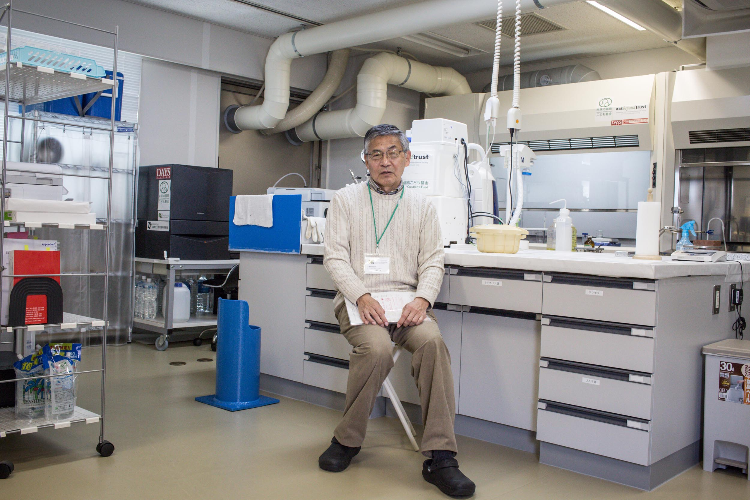 Mr Hiraku Amano, technical manager of Beta-ray laboratory, Iwaki Radiation Measuring Center.The lab was formed in late 2011 by group of mothers called the Iwaki Action Mama as a response to the dishonesty of nuclear regulators which was revealed during the accident and suspicious and sceptical of official reports they decided to measure radiation themselves. Today the lab measures the radioactive isotopes cesium 134 and 137, strontium 90, tritium and collects data on gamma radiation.